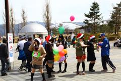長野マラソンでサンタ募金活動
